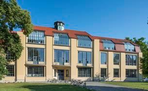 Main building of the Bauhaus University Weimar, formerの写真素材 [FYI02343821]