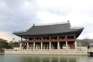 Gyeongbokgung Palace; Seoul; South Koreaの写真素材 [FYI02344204]