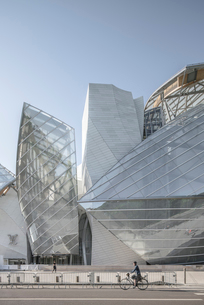Louis Vuitton Foundation;Parisの写真素材 [FYI02344921]