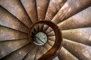 Look down from the winding staircaseの写真素材 [FYI02344990]