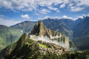 Machu Picchu; Peruの写真素材 [FYI02345171]