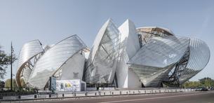 Louis Vuitton Foundation;Parisの写真素材 [FYI02345340]