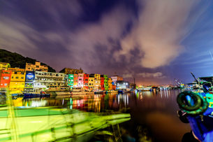 night view;Chen-Pin Fishing Harbor;keelungの写真素材 [FYI02345479]