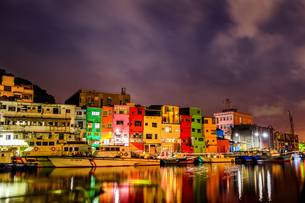 night view;Chen-Pin Fishing Harbor;keelungの写真素材 [FYI02345492]