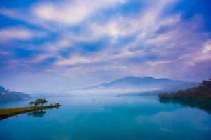 Sun Moon Lakeの写真素材 [FYI02346166]