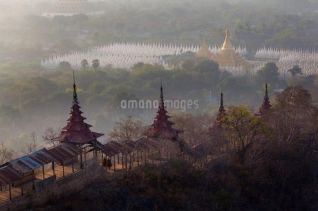 Myanmar Mandalay ancient cityの写真素材 [FYI02346664]