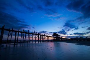 Myanmar Mandalay Amarapura U Bein Bridgeの写真素材 [FYI02347044]