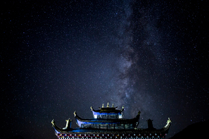 Yancheng Gar at the Starry Nightの写真素材 [FYI02347557]