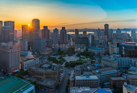 Aerial view of the Zhongshan Square in Dairen Chinaの写真素材 [FYI02347694]