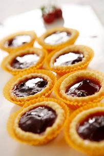 Strawberry tartsの写真素材 [FYI02348111]