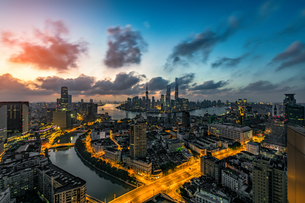Aerial view of Shanghai China with the traffic light trail at the nightの写真素材 [FYI02348389]