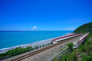 Overlooking of the Duoliang Station and the seaの写真素材 [FYI02348814]