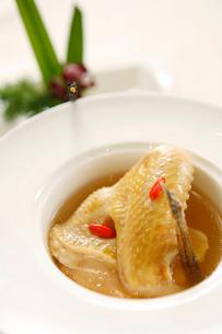 Ginseng chicken soupの写真素材 [FYI02348852]