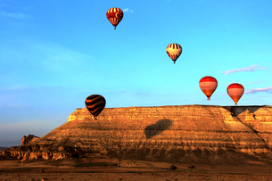Hot Air Balloon,Turkeyの写真素材 [FYI02349148]