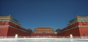 the meridian gate of the forbidden city,Beijing,Chinaの写真素材 [FYI02349182]