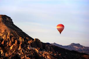 Hot Air Balloon,Turkeyの写真素材 [FYI02349318]