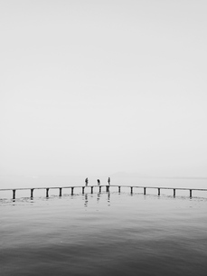 Three person row,Chinaの写真素材 [FYI02349323]