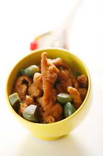 Marinated chicken clawsの写真素材 [FYI02349367]