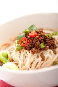 Spicy noodlesの写真素材 [FYI02349478]
