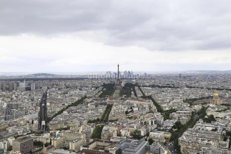 Overlooking Paris,Franceの写真素材 [FYI02349715]