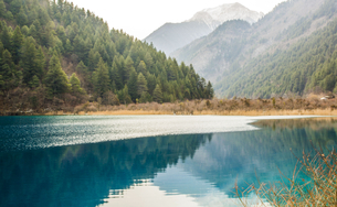 Winter in Jiuzhai,Sichuan,Chinaの写真素材 [FYI02349735]