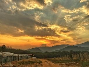 One meter setting sun,Chinaの写真素材 [FYI02350253]