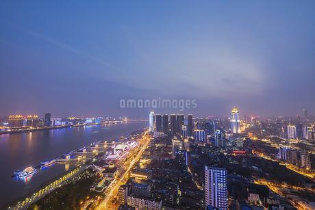 City Night Scenic Wuhan,Hubei,Chinaの写真素材 [FYI02350328]