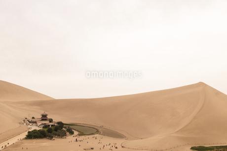 mingsha mountain,Chinaの写真素材 [FYI02350380]