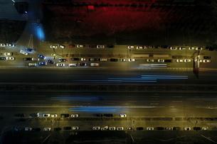 Night View of Urban Traffic Flowの写真素材 [FYI02350469]