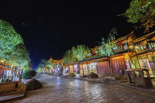 Dayan ancient town,Lijiang, Yunnan, Chinaの写真素材 [FYI02350475]