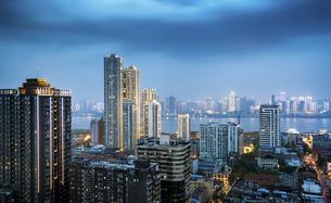 Wuhan City Nightscape Hankou City,Wuhan, Chinaの写真素材 [FYI02350478]