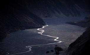 Road to the Heaven, Nature landscape, Xinjiang,Chinaの写真素材 [FYI02350871]