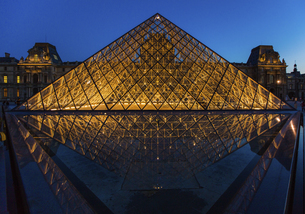 Louvre Museum, Paris, Franceの写真素材 [FYI02350885]