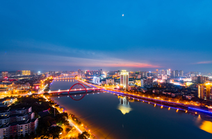 Building,Deyang, Sichuan, Chinaの写真素材 [FYI02350906]