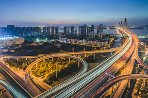Airway Nightscape,Chinaの写真素材 [FYI02351263]