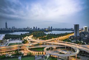 bridge,Nanjing, Jiangsu, Chinaの写真素材 [FYI02351264]