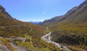 Gannan Jiangdi Highway,Tibet,Chinaの写真素材 [FYI02352312]