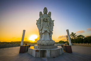 Boao Temple at Sunsetの写真素材 [FYI02352316]
