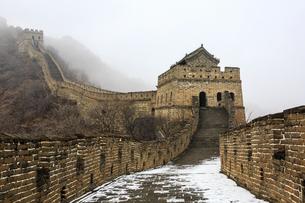 The Mutianyu Great Wall,Beijing, Chinaの写真素材 [FYI02352570]
