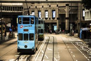 dingding train, Hongkong, Chinaの写真素材 [FYI02352878]