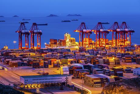 wharf,Shanghai,Chinaの写真素材 [FYI02352881]