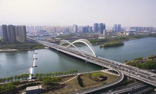 Taiyuan South Central Ring Bridge,Taiyuan, Shanxi, Chinaの写真素材 [FYI02353343]