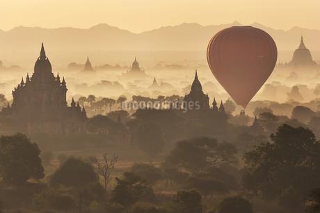 Pagan,andalay Region, Myanmarの写真素材 [FYI02353443]