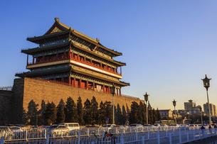 Zhengyang Gate Tower,Beijing, Chinaの写真素材 [FYI02353721]