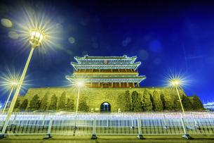 Zhengyang Gate Tower,Beijing, Chinaの写真素材 [FYI02353838]