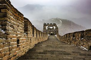 The Mutianyu Great Wall,Beijing, Chinaの写真素材 [FYI02353862]