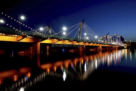 Taiyuan South Central Ring Bridge,Taiyuan,Shanxi,Chinaの写真素材 [FYI02354064]