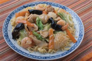 海鮮あんかけ焼きそば 中華料理の写真素材 [FYI02354275]