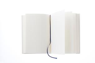 白い本の写真素材 [FYI02356371]