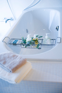 浴槽とタオルの写真素材 [FYI02356397]